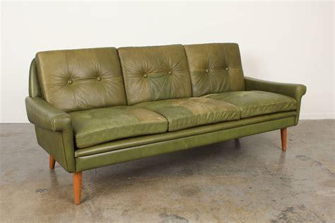 restoration hardware sofa craigslist restoration hardware sofa for sale craigslist tufted