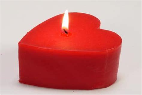imagenes velas rojas c 243 mo hacer velas rojas en forma de coraz 243 n canalhogar