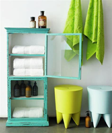 kleines bücherregal ikea badezimmer kleine badezimmer regale kleine badezimmer at