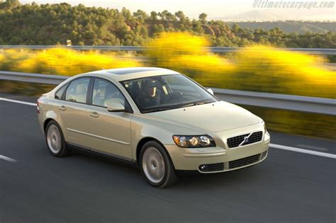 Volvo S70 2004 by 2004 Volvo S40 T5 Images Specifications And Information