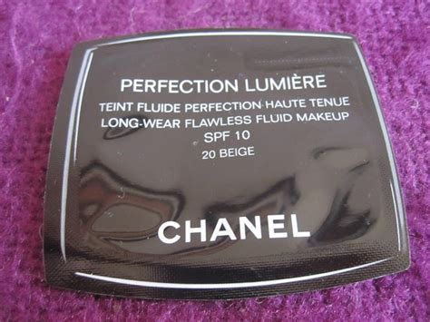 Chanel Mat Lumiere Foundation Discontinued by Chanel Perfection Lumiere Foundation Review Anya