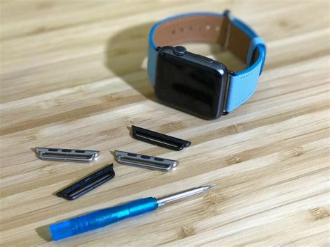 How to replace the lugs on your Apple Watch bands to match
