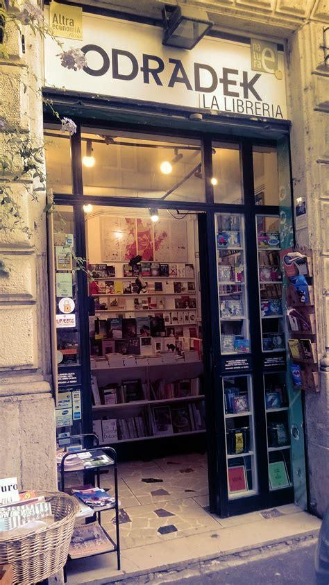 libreria rossa libreria odradek roma rm la libreria con la poltrona