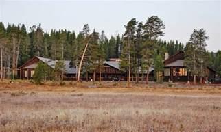 yellowstone lake lodge cabins alltrips