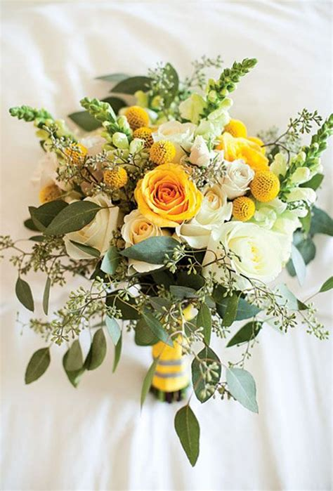 bridal bouquets gallery bouquets in every color everafterguide