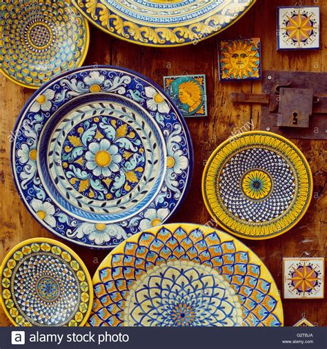 italian ceramic the maiolica pavement tiles of the fifteenth century with illustrations classic reprint books handmade local painted majolica pottery ceramic