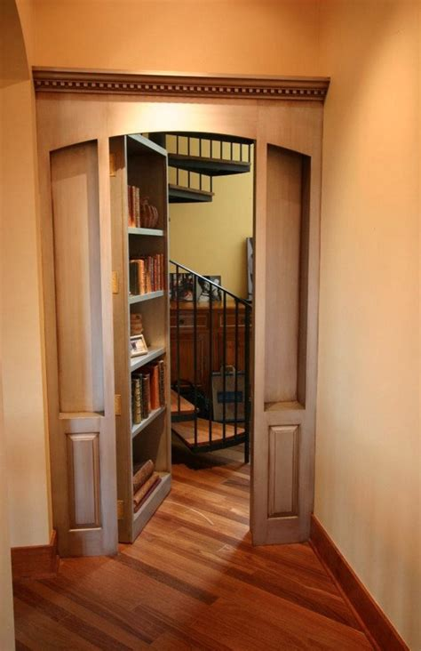 31 beautiful rooms and secret passages