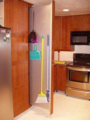 kitchen in a closet 17 best images about organiza 231 227 o on pinterest artesanato
