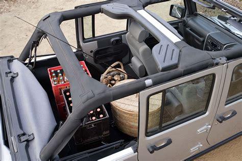 jeep africa interior sa roadtests 2009 jeep wrangler sahara 2 8 crd unlimited