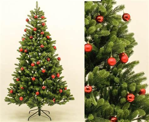 weihnachtsbaum rot wei 223 geschm 252 ckt weihnachtsbaum in rot
