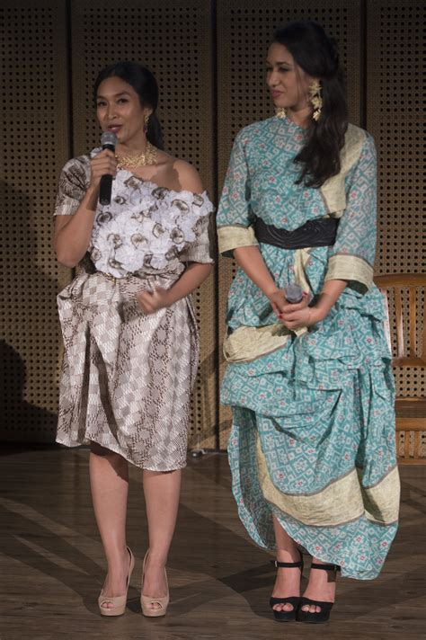 Fashion Perhiasan Fashion by Fashion Perhiasan Perpaduan Sastra Dan Budaya Indonesia