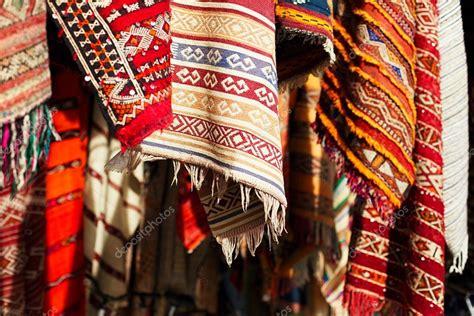 stock tappeti tappeti marocchini foto stock 169 lvenks 41067807