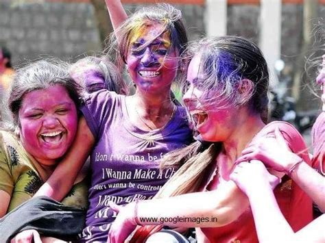 holi special girl image happy holi 2014 girls playing holi pictures images