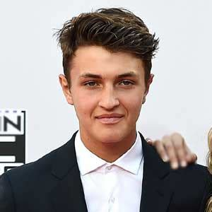 anwar hadid biography anwar hadid s bio wiki affair married age height