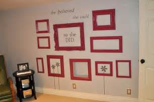 Picture Frame Wall Decor by Decorate Walls With Empty Frames 6 Diy Ideas Tip Junkie