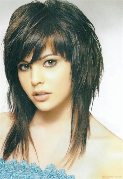 short emo hairstyles beautiful hairstyles girl emo hairstyles with bangs nice looking haircuts