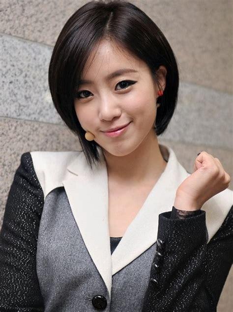 gaya rambut pendek ala korea  bisa membuat penampilan