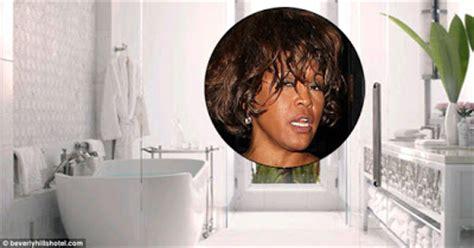 whitney bathtub welcome to somewhereinmoscow blog whitney reportedly