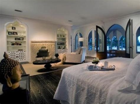 celebrity master bedrooms celebrity bedrooms featured on the beddingstyle com blog