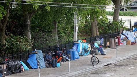 more homeless expected to sleep on broward streets after 60 overnight shelter beds disappear
