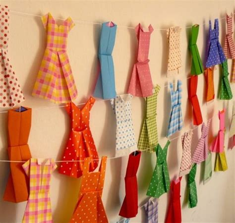 Paper Dress Craft - paper dresses garland would be to make while reading