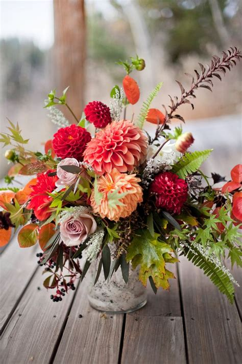 Fall Wedding Flower Arrangement by 25 Best Ideas About Floral Arrangements On