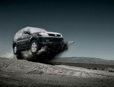 youth mechanics tata safari storme features specifications