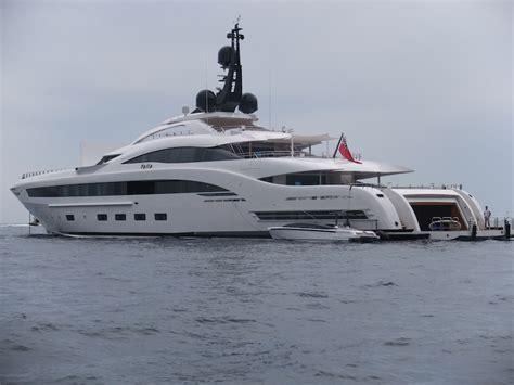 yacht yalla a caccia di megayacht le nostre foto del nuovissimo yalla