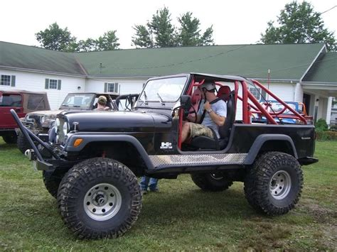 jeep scrambler lifted 85 lifted scrambler