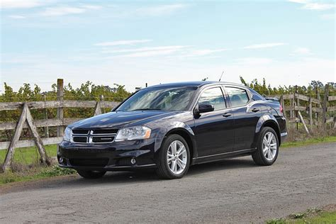 2011 dodge avenger 2011 dodge avenger pictures photos gallery the car