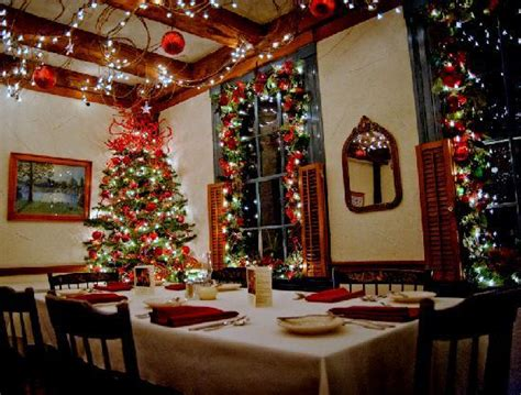 christmas dining room christmas decorations in dining room at 1785 inn picture