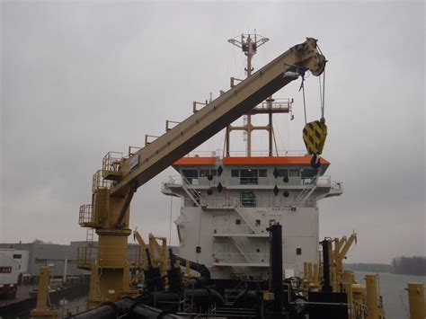 ship crane ship cranes dredging and shipbuilding tms engineering