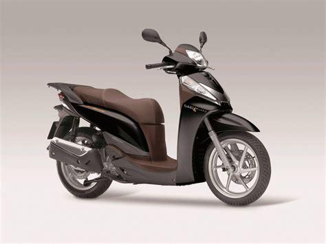 Honda Motorrad 300 by Honda Sh300i Bilder Und Technische Daten