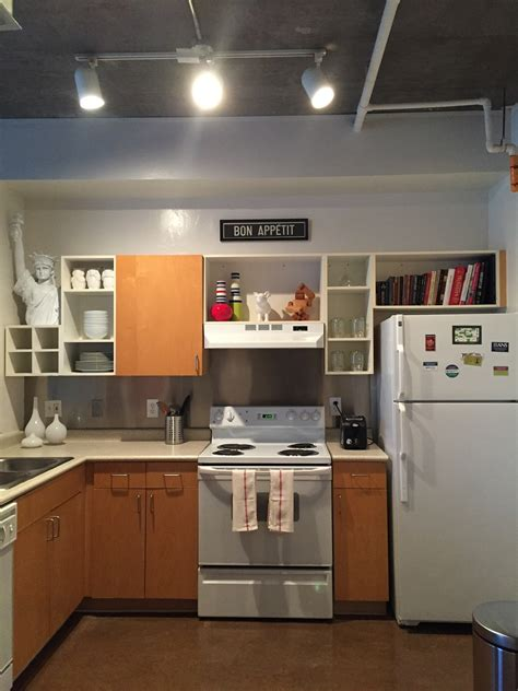 bachelors kitchen bachelor pad studio loft bachelor on a budget
