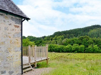 waterfall cottage in mandally near invergarry highlands