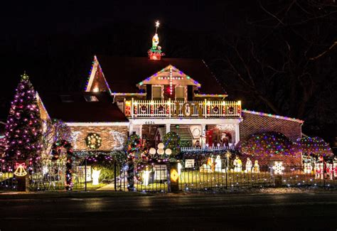 best christmas lights in richmond va 13 houses in virginia with lights