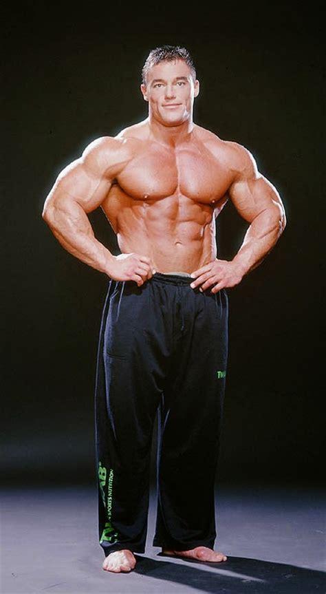 the beauty of male muscle e j
