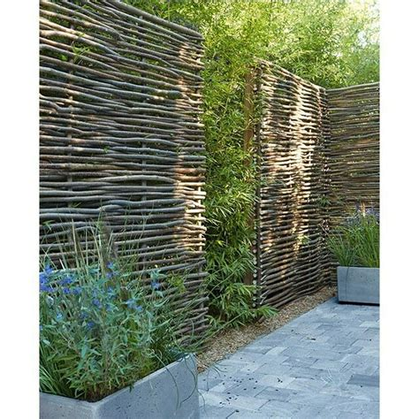 Garden Fence Screening Ideas 25 Best Ideas About Garden Screening On Pinterest Garden Privacy Screen Garden Privacy And