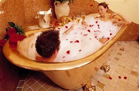 Hot Romantic Themes | 36 romantic bathroom ideas