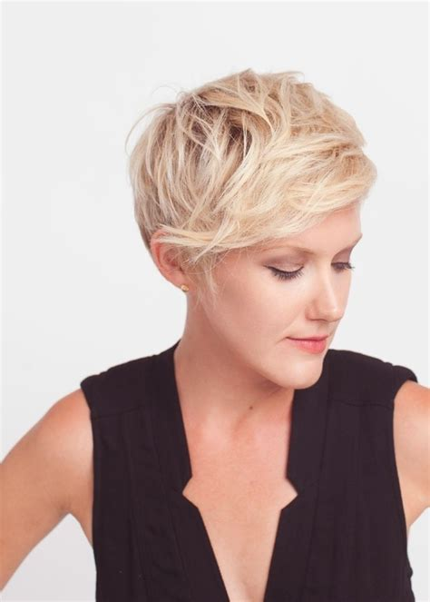 pixie cut with short sides and long top cute hairstyles for short hair popular haircuts