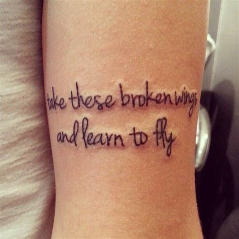 learning to tattoo frase take these broken wings and learn to fly