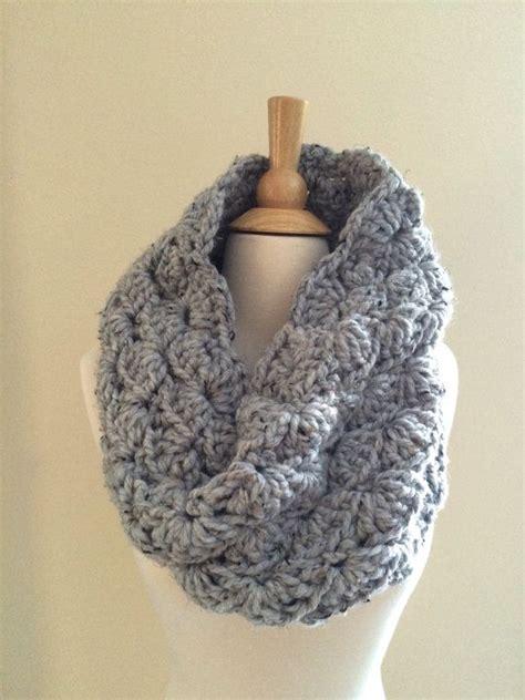 scarf pattern chunky yarn diy crochet pattern sophie cowl super bulky lacy