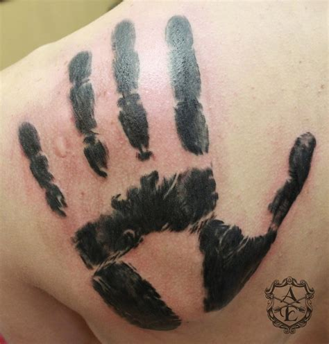 dark brotherhood tattoo i want a handprint on my shoulder blade but for the