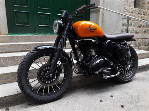 modified bullet achilles royal enfield scrambler by bulleteer customs