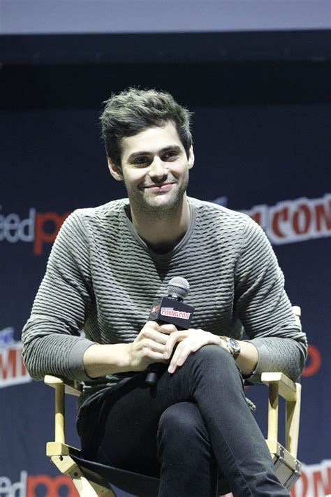 matthew daddario comic con oct 08 2016 new york comic con panel 004 matthew