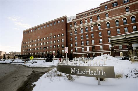 Maine Center Emergency Room by Maine Center Gets State Ok For 40 Million