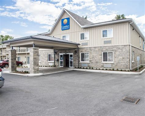 comfort inn kingston comfort inn suites thousand islands harbour district