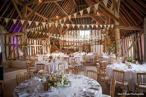 barn conversion wedding venues east five top tips for wedding venues ross and ross