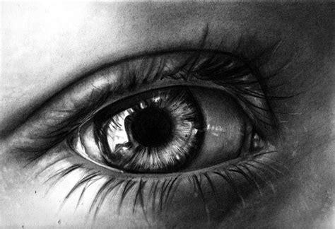 dibujos muy realistas 20 asombrosos dibujos realistas de ojos hechos a l 225 piz