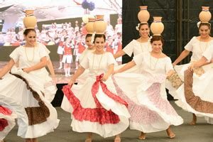 paraguay culture dance performed by young women at